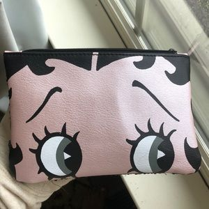 Betty Boop x IPSY limited edition makeup bag